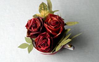 Розы из осенних листьев мастер класс